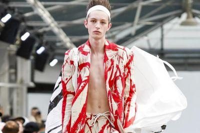 Sankuanz's 2018 Spring/Summer Collection Inspired by the Life of Artist Cy Twombly