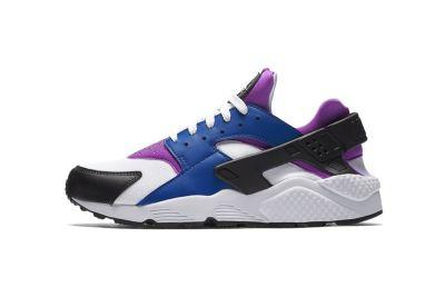 Nike Brings the OG Air Flight Huarache Colorway to Its Running Counterpart