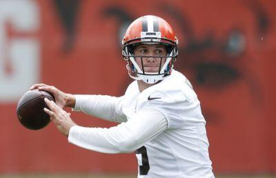 Nate Ulrich's Browns briefing: Cody Kessler's lead in quarterback derby appears to be minuscule at best, optimism about Myles Garrett and more