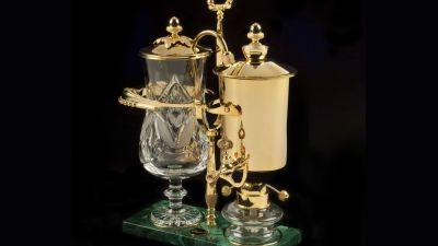 24 Karat Gold Coffee Pot Lets You Start the Day Like a Monocle-Wearing Oil Baron