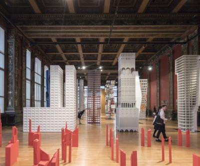 "In ""Vertical City,"" 16 Contemporary Architects Reinterpret the Tribune Tower at 2017 Chicago Architecture Biennial"