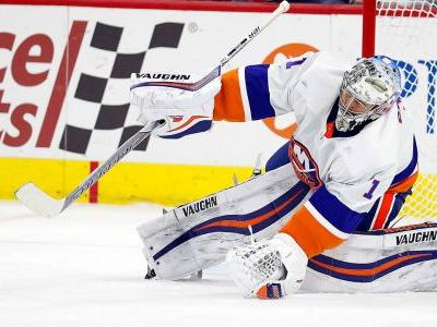 Four things we learned in the NHL: Islanders goalies make history