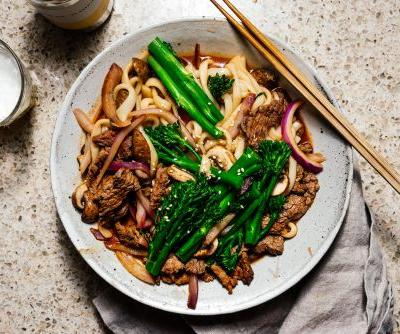 The ultimate 10 minute spicy beef weeknight stir fry udon