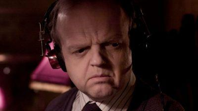 Toby Jones In Talks To Be Violently Murdered By Dinosaurs In JURASSIC WORLD 2