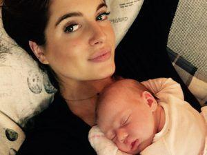 Binky Felstead's Instagram Photo Sparks A Debate Among Parents