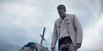 New King Arthur Teaser Is Epic And Action Packed