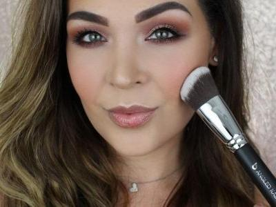 The 5 Best Foundation Brushes For Full Coverage