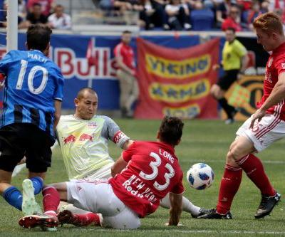 Wright-Phillips, Red Bulls beat Impact 3-1