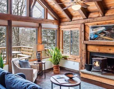 Get the look: 5 chic decors for a woodland retreat home