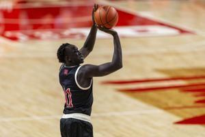 Mayen scores 25, Nebraska cruises past Rutgers without Allen