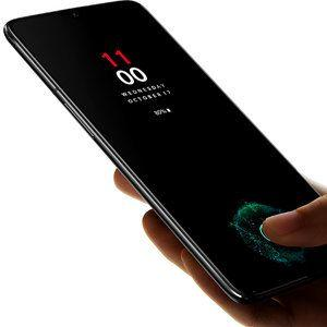 The new OnePlus 6T in-display finger scanner works even under a heavily scratched Gorilla Glass 6