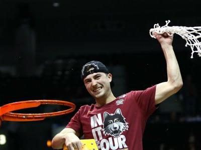 March Madness 2018: Four upsets sparked by four different heroes make one amazing Final Four run for Loyola Chicago