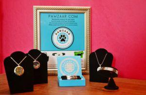 Fido + Fluffy's Freebie Friday Exhibits at BlogPaws