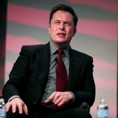Tesla's new pay plan for Elon Musk isn't a bold move, it's a delusional one