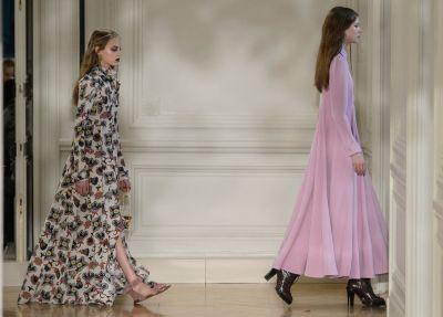 Valentino Gets Loose and Graphic for Fall 2017