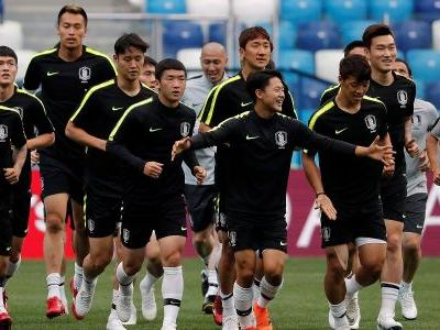 South Korea's World Cup team tried to confuse Sweden's spies by swapping jerseys so their opponent couldn't tell them apart