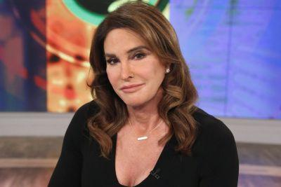 Caitlyn Jenner considers running for Senate