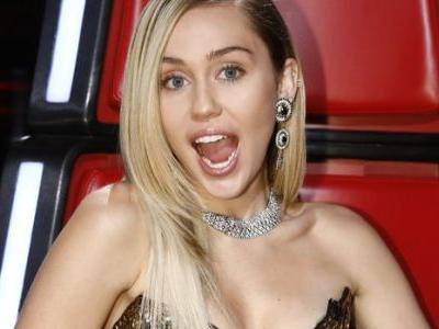 Miley Cyrus Shuts Down Pregnancy Rumors With Funny Thanksgiving Tweet