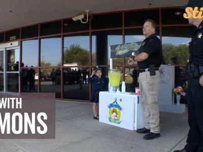 5-year-old's lemonade stand helps raise money for police officers