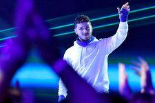 Bazzi Captivates With 'Paradise' Performance at the 2019 MTV Movie & TV Awards: Watch