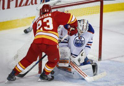 Eberle scores twice, Oilers sweep Flames for first time