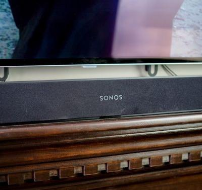 How does Sonos Beam work with AirPlay 2?