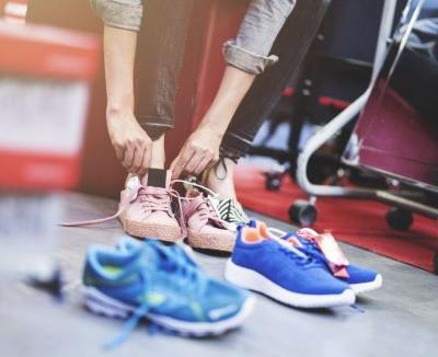 A Guide to Choosing Sneakers: From Functional to Stylish