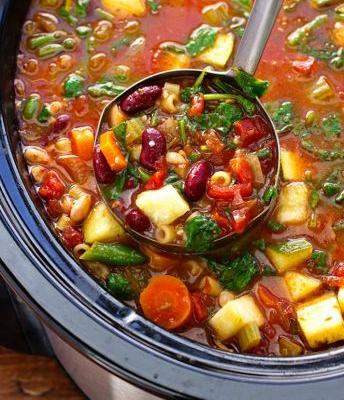 12 Vegetarian Slow-Cooker Soups and Stews That'll Get You Through the Season