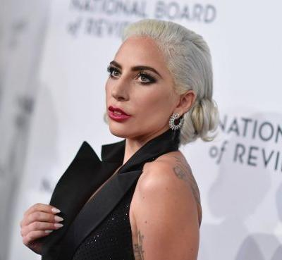 """Lady Gaga Speaks Out Against R. Kelly, Vows to Remove """"Do What U Want"""" From Streaming Services"""
