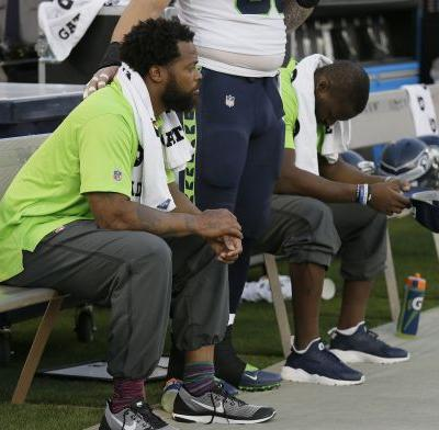 Seahawks star Michael Bennett accuses Las Vegas police of pointing guns, excessive force; Colin Kaepernick's supportive Tweet goes viral