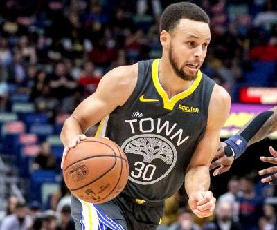 Stephen Curry exits Warriors game early with foot injury