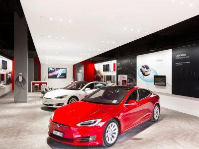 Tesla is building stores all over the world ahead of the Model 3 launch