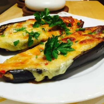 Tomato and cheese topped aubergines