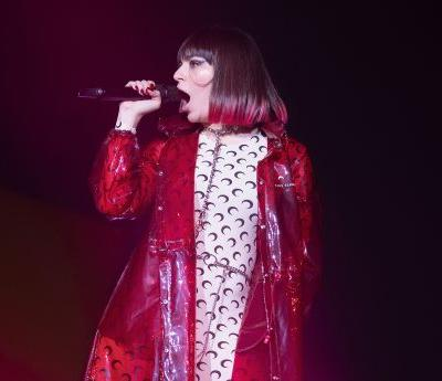 """Watch Charli XCX & Troye Sivan Debut New Song """"2099"""" At Go West Fest"""