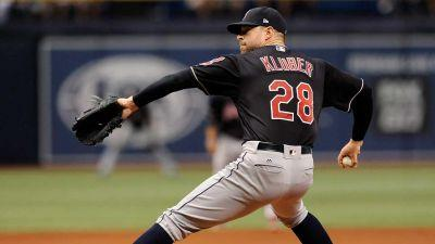 Kluber leaves start early as Indians romp past Royals