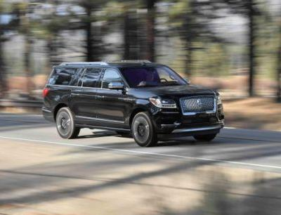 2018 Lincoln Navigator Black Label Tested: Super Luxe, Raptor Engine - Instrumented Test