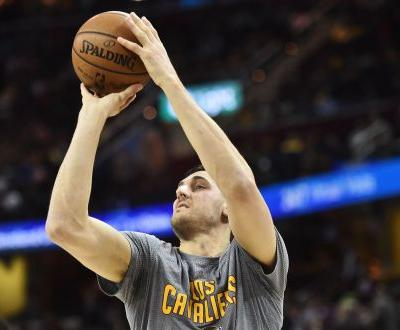Andrew Bogut signs with Los Angeles Lakers on one-year deal