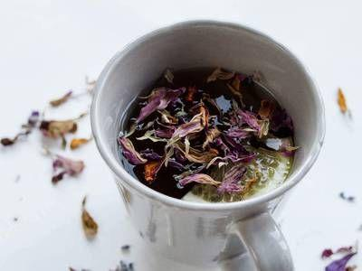 How to make your own herbal tea blends