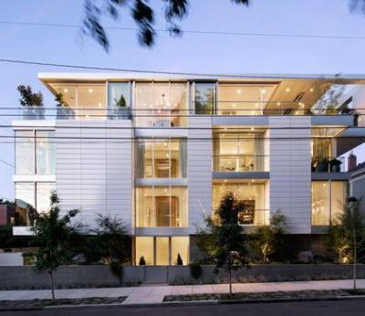 Skyview House / William / Kaven Architecture