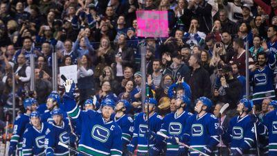 Twitter Reaction: Henrik Sedin's 1000th point
