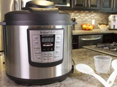 Speed Up Your Thanksgiving Dinner Prep With an Early Black Friday Instant Pot Deal