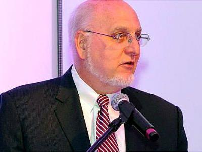 AIDS Researcher Robert Redfield to Lead CDC