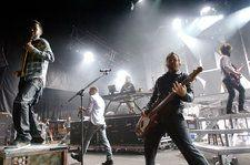How Linkin Park Battled Warner Music Group At The Height Of Their Success And Came Out Ahead
