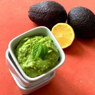 Raw Avocado Basil Dip