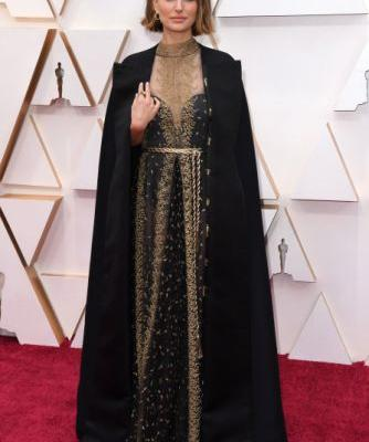 Natalie Portman's Oscars Dress Shaded the All-Male Director Nominees & We're Screaming
