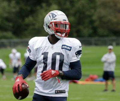 Patriots' Josh Gordon being reinstated by NFL on a conditional basis