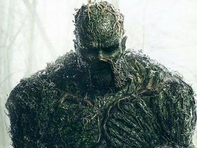 DC Universe Drops the First Full-Length Swamp Thing Trailer