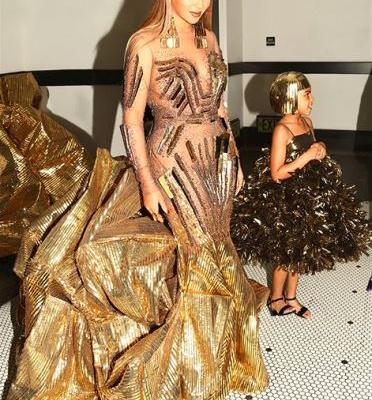 Beyoncé and Blue Ivy Are Mother-Daughter Goals in Matching Gold Gowns