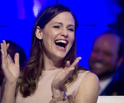 Jennifer Garner's 'laughing gas + novocaine + Hamilton' video a hit with fans