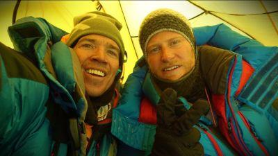Snapchatting climbers approaching summit of Mount Everest